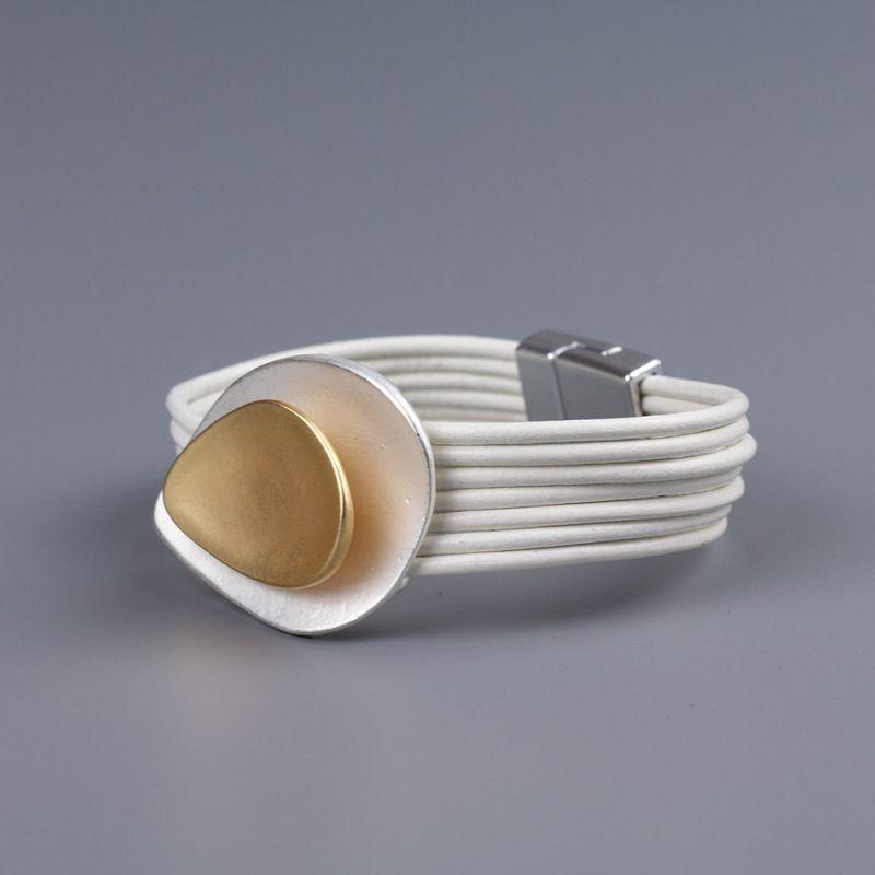 Гривна от естествена кожа White Shell