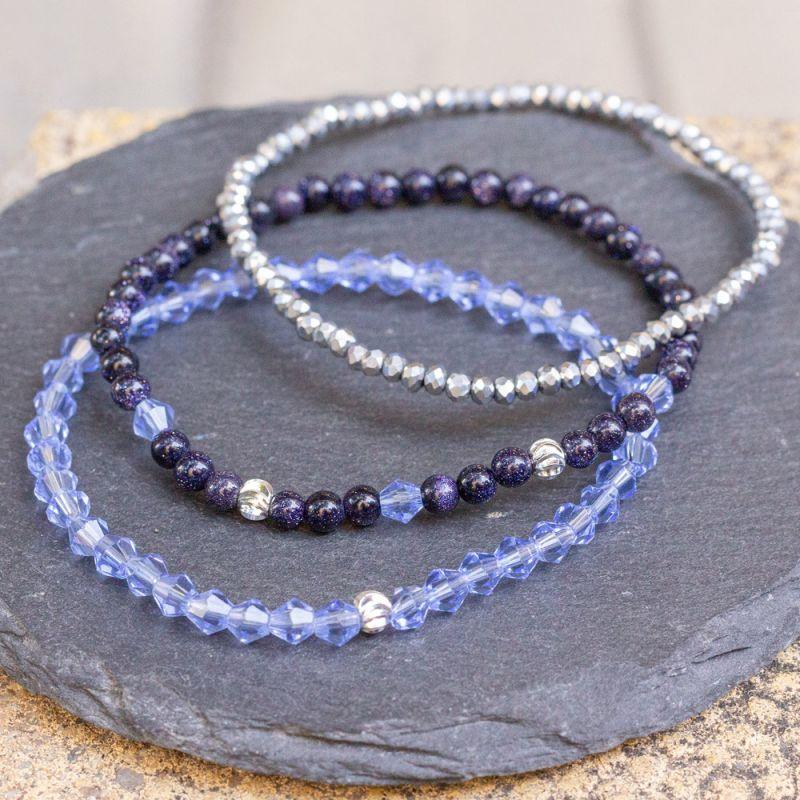 Комплект дамски гривни с Авантюрин и кристали