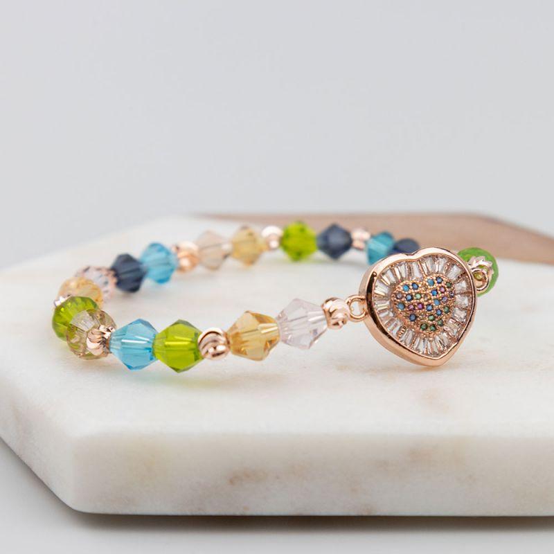 Цветна гривна с кристали и сърце в цвят розово злато