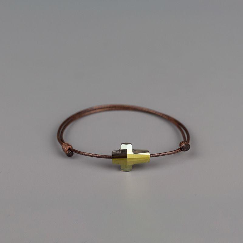 Амулет с елемент Swarovski Кръст
