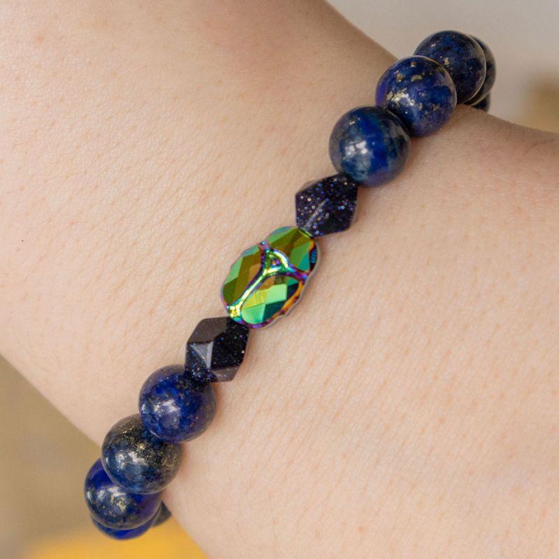 Гривна с кристал Swarovski скарабей и камък Лазурит