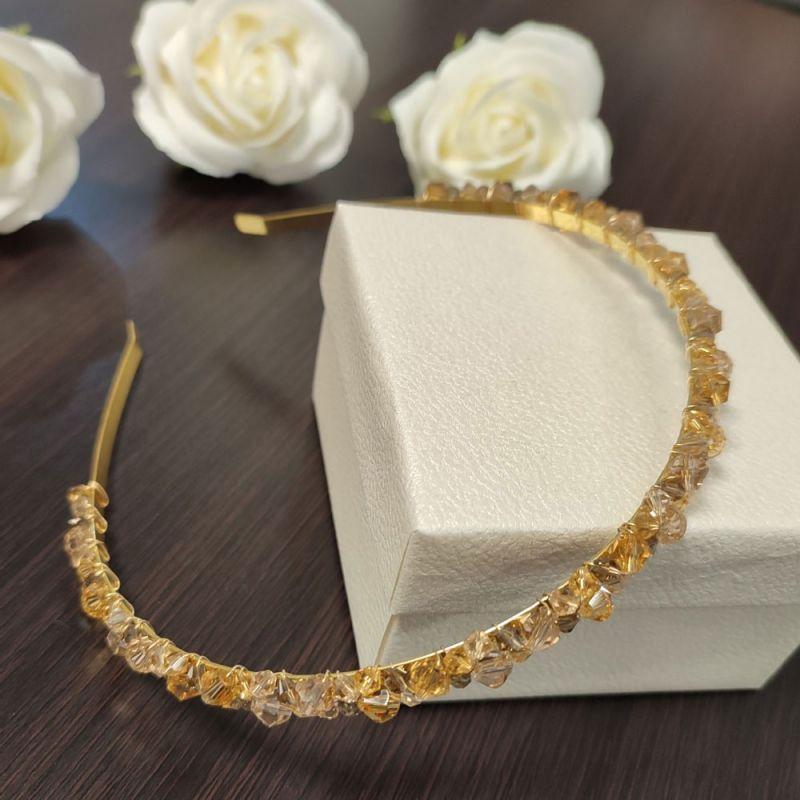 Ръчно изработена диадема с кристали в цвят злато