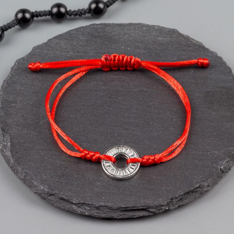Дамска гривна от червен сатен и детайл с кристали