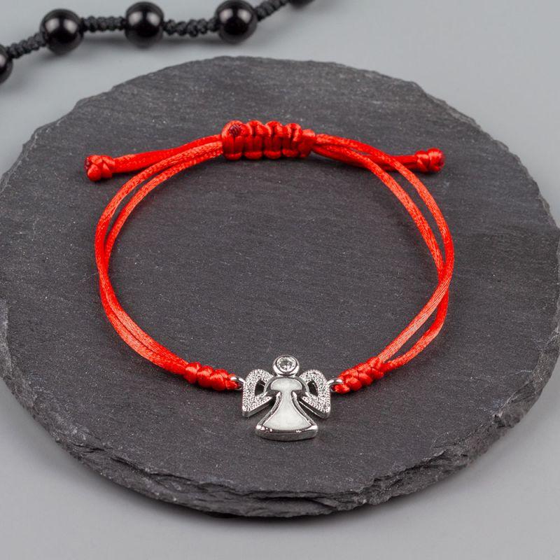 Дамска гривна от червен сатен и ангелче в сребърен цвят