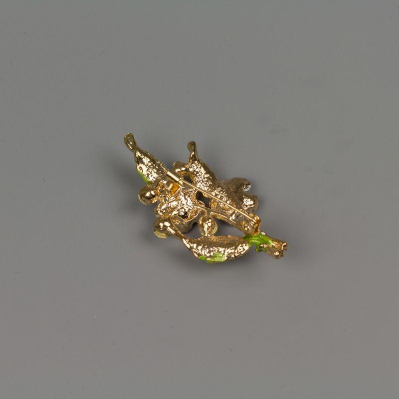 Златиста брошка с емайлирано покритие и кристали - Букет