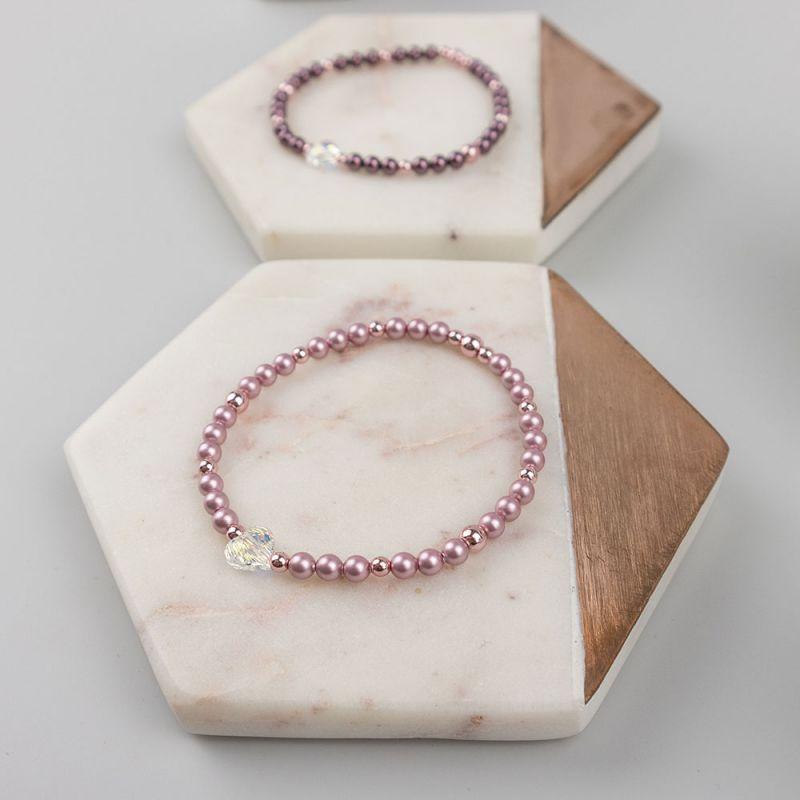 Бледорозова гривна с кристални перли Swarovski и сърце