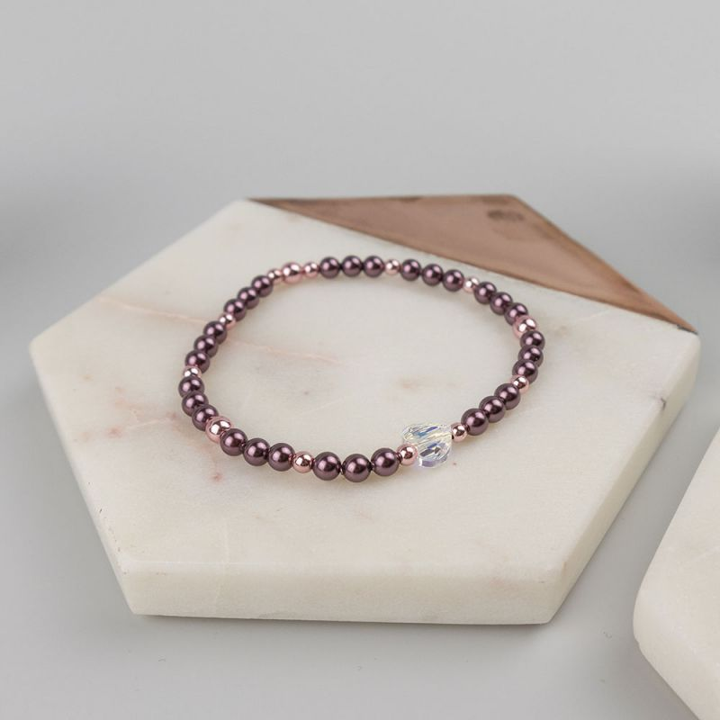 Гривна в бордо с кристални перли Swarovski и сърце
