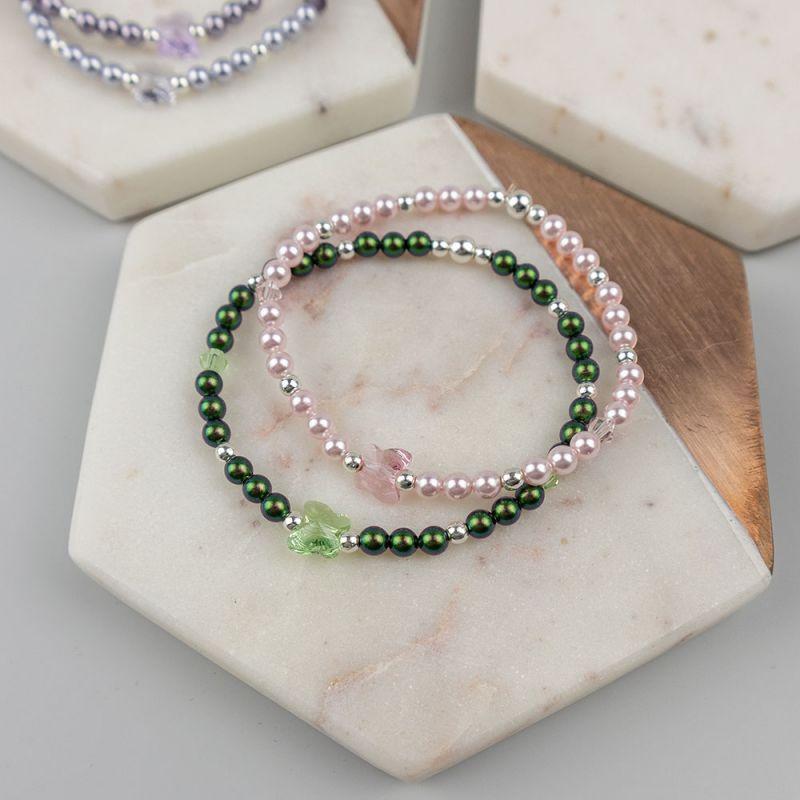 Розова гривна с кристални перли Swarovski и пеперуда