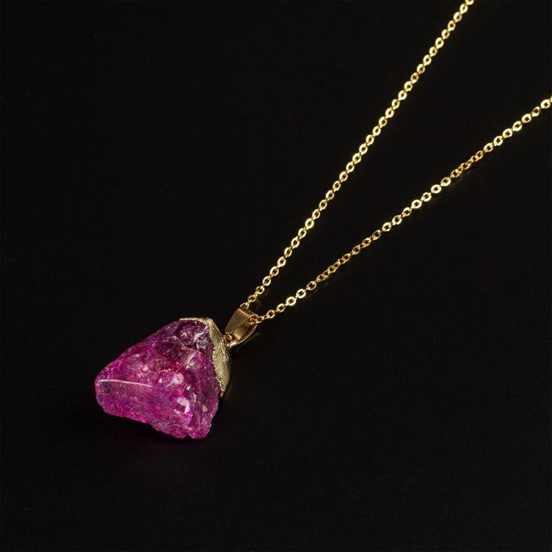 Колие с необработен камък Розов Ахат
