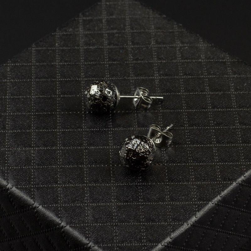 Черни обеци на винт с хематит