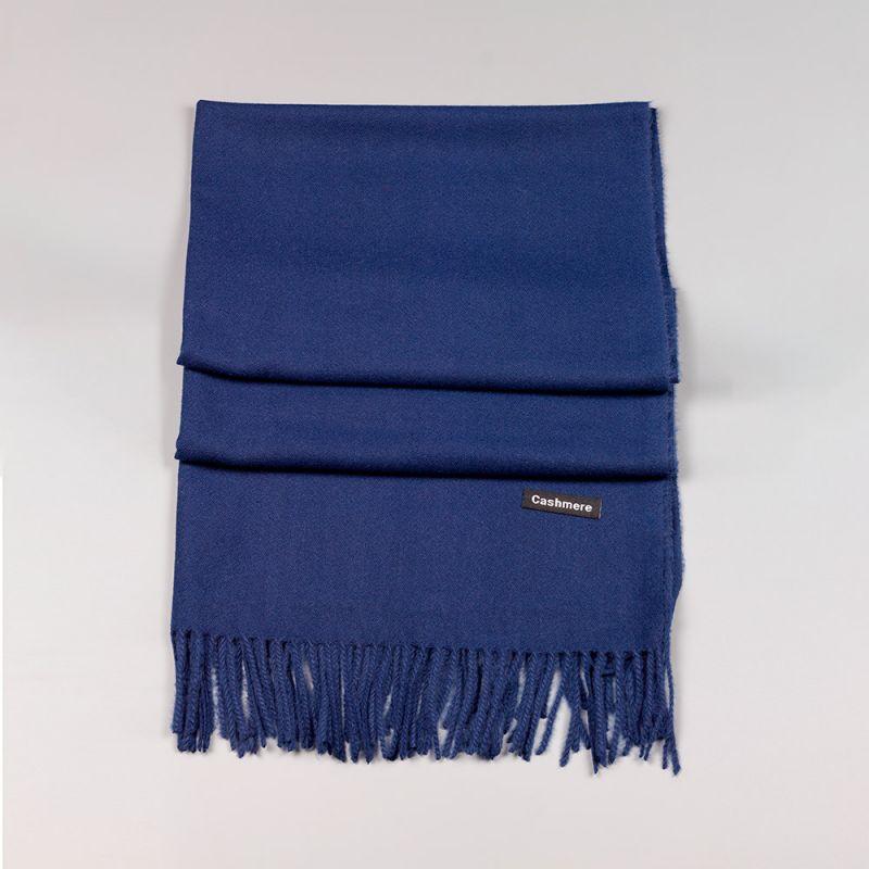 Дамски шал в тъмно син цвят