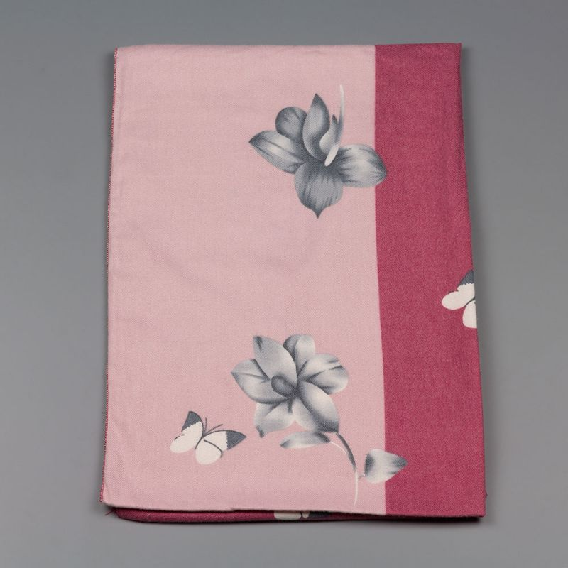 Дамски шал с цветя в бордо и розово